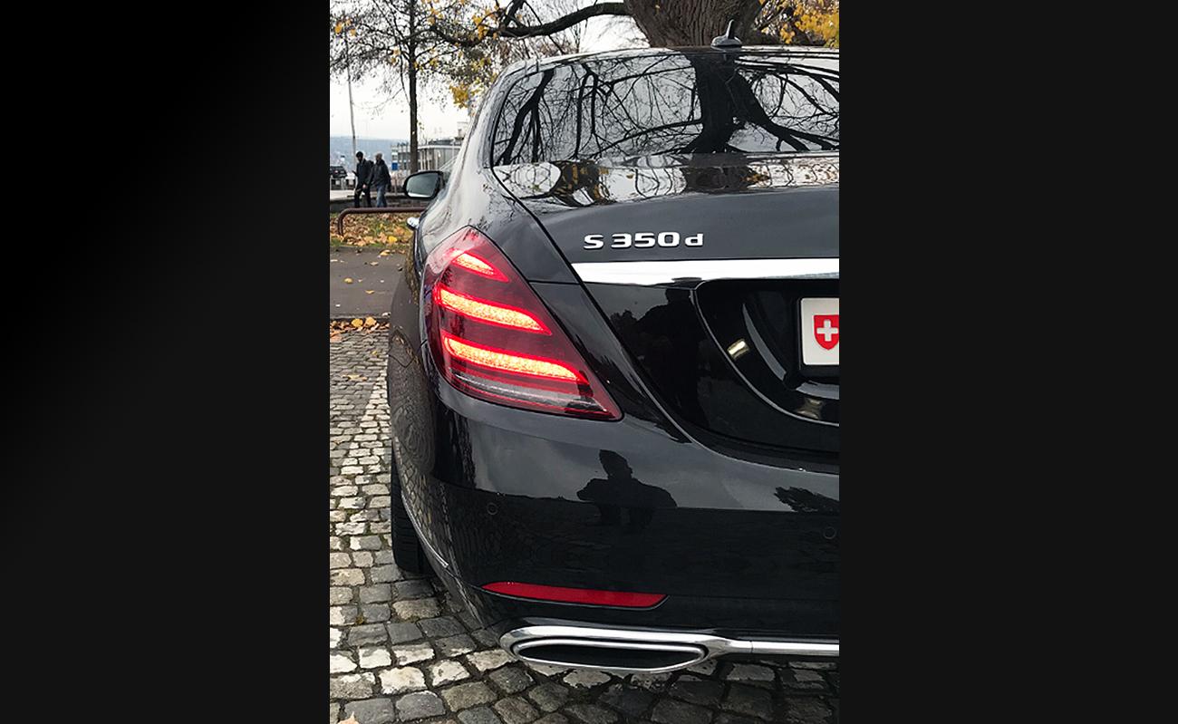 Mercedes_Sprinter_Limousine_Service_Zurich_mit_Fahrer_Kleinbus_mit_Chauffuer_51